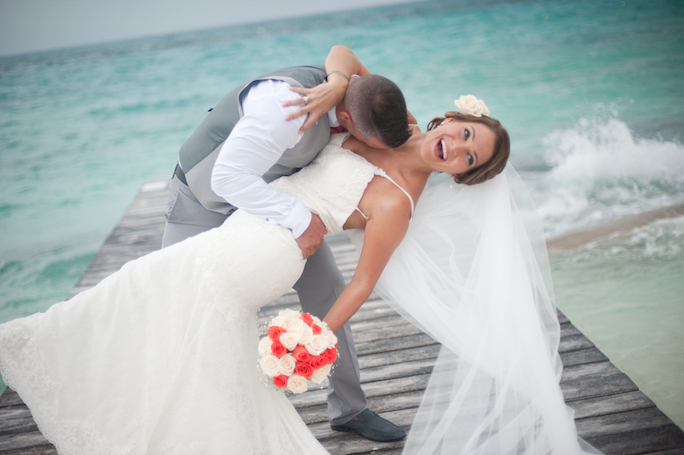 riu cancun wedding portraits