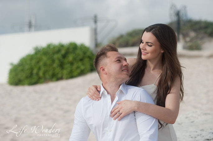 olga trash the dress - guide for cancun wedding weather