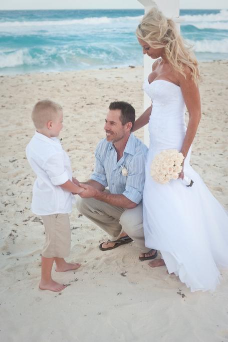 beach-wedding-cancun-tina-16
