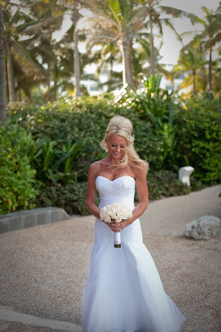 beach-wedding-cancun-tina-9