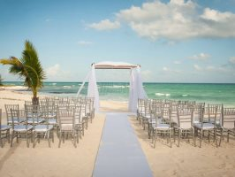 weather-tips-for-a-beach-wedding