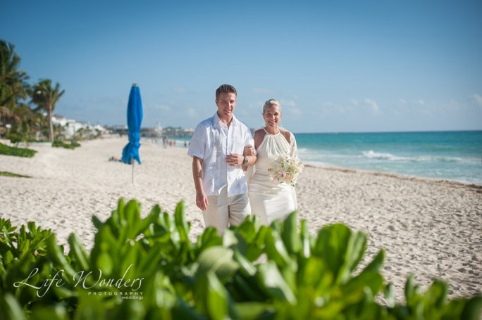 karla-playa-del-carmen-wedding-photos-1-35