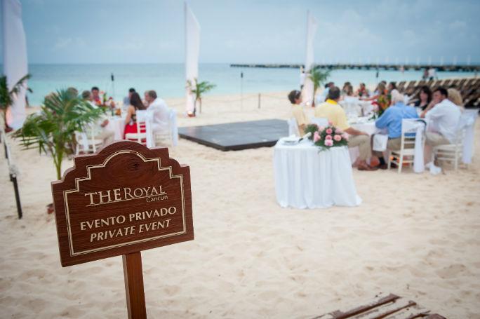 rebekah-the-royal-playa-del-carmen-53-2