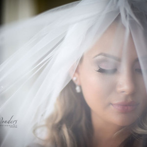 Bride and veil photography