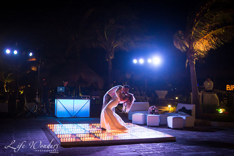 Now Sapphire Cancun Wedding Reception | Marilyn & Andrew