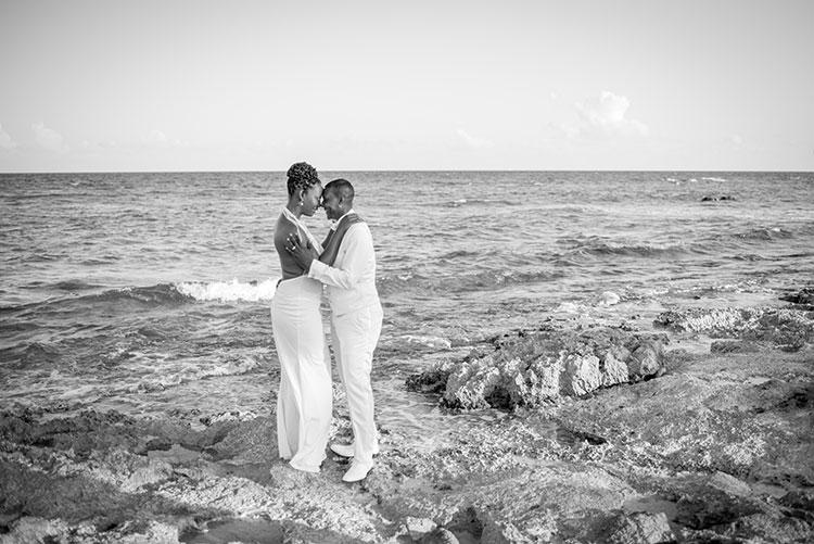 vidanta beach couple portrait