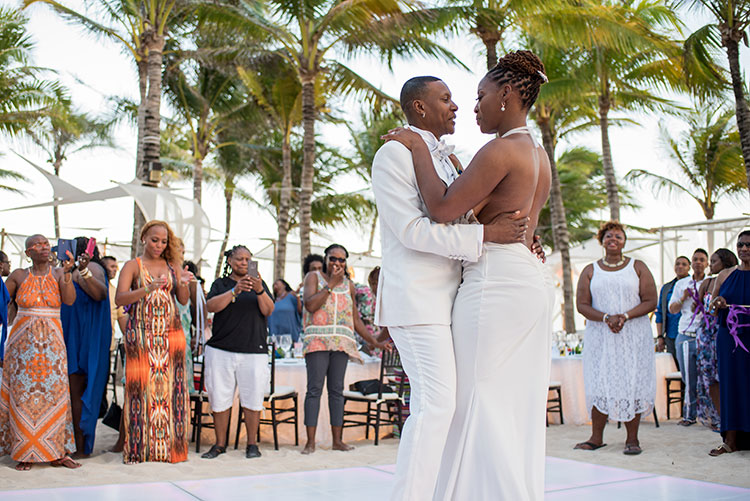 first dance in the beach