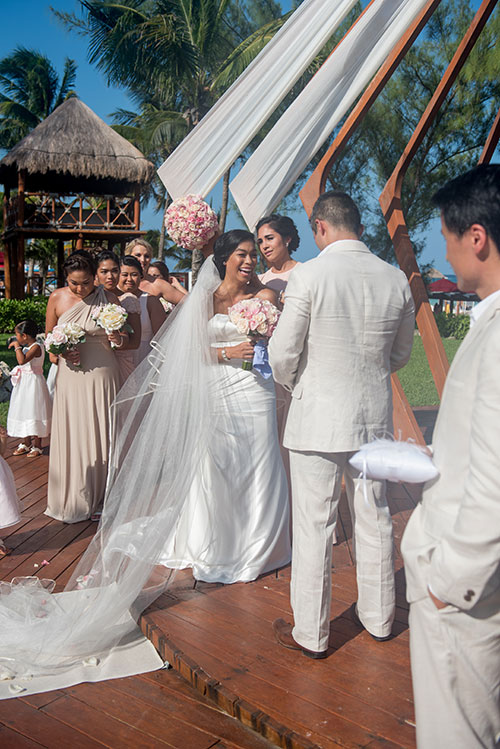 bride and groom - azul fives weddings