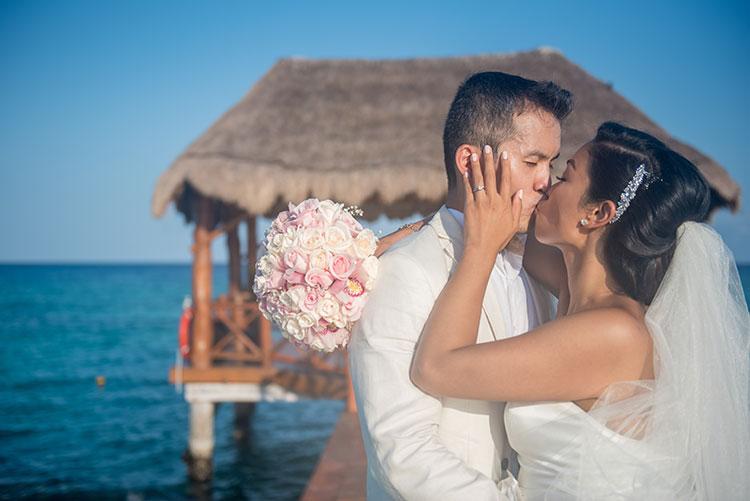 justine-ben-wedding-azul-fives-350