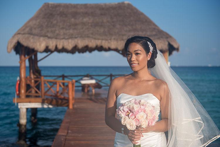 bride portrait in azul fives cancun