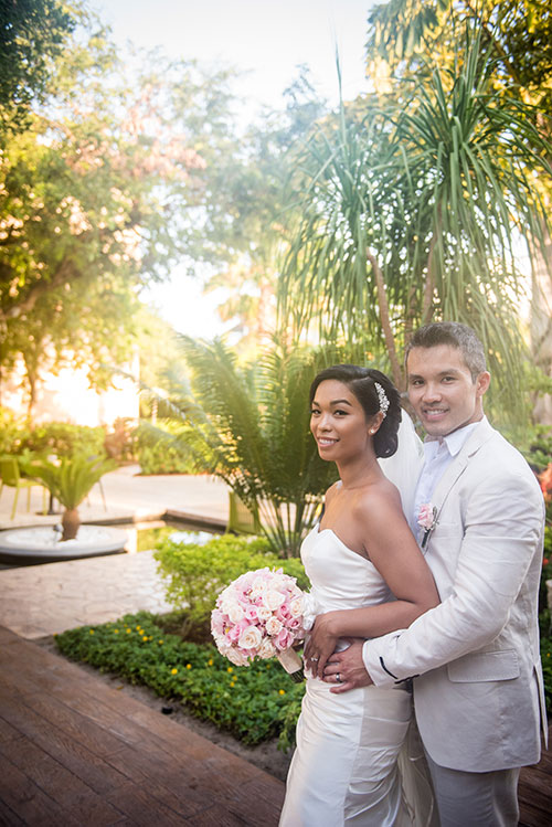 bride and groom in azul fives garden