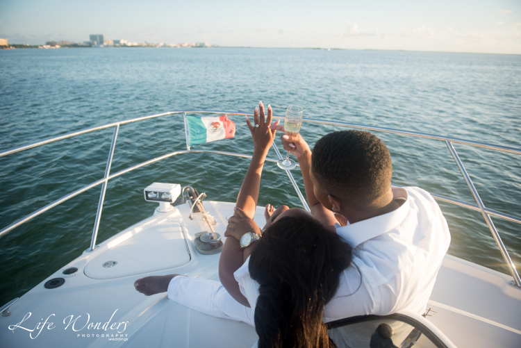 couple on a yacht in cancun
