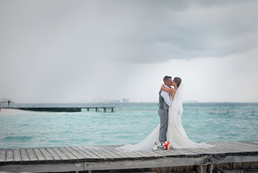 Riu Cancun Wedding Portraits | Dana & Vlad
