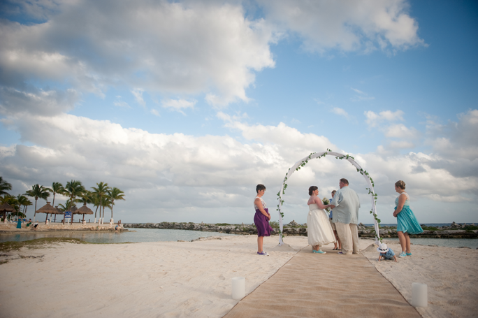 playa-del-carmen-wedding-kate-10.png