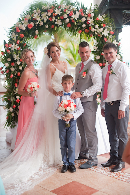 cancun-wedding-photographer-ceremony-18 - Riu Cancun Wedding