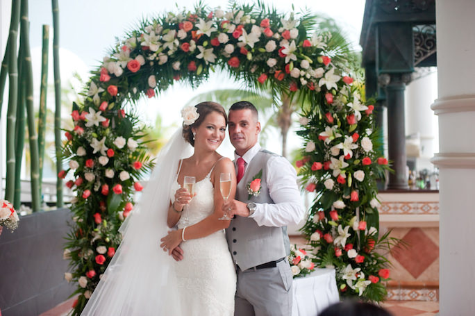 Riu Cancun Wedding Ceremony | Dana & Vlad
