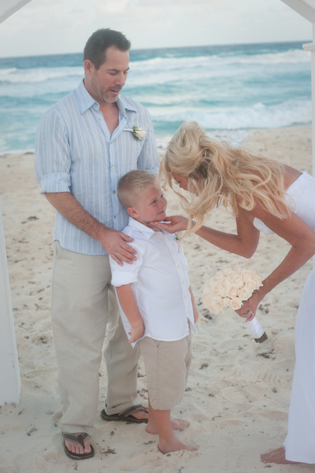 beach-wedding-cancun-tina-16