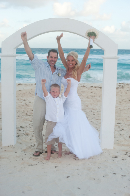 beach-wedding-cancun-tina-19