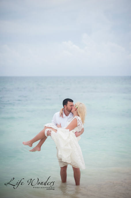 the royal playa del carmen wedding portraits