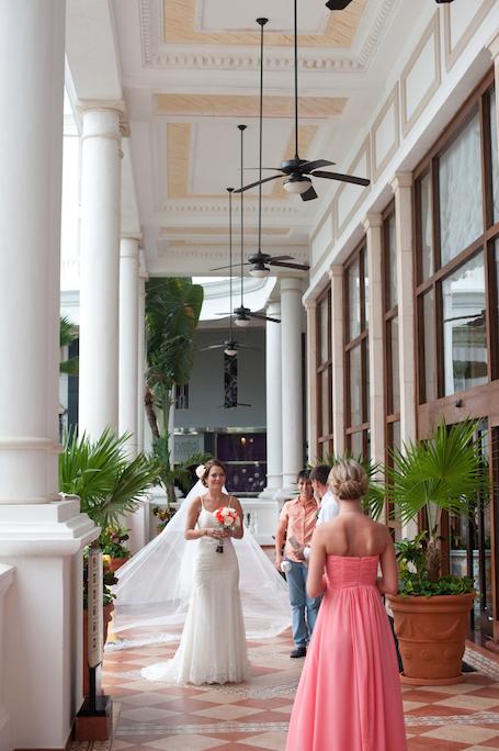 riu-wedding-hallway