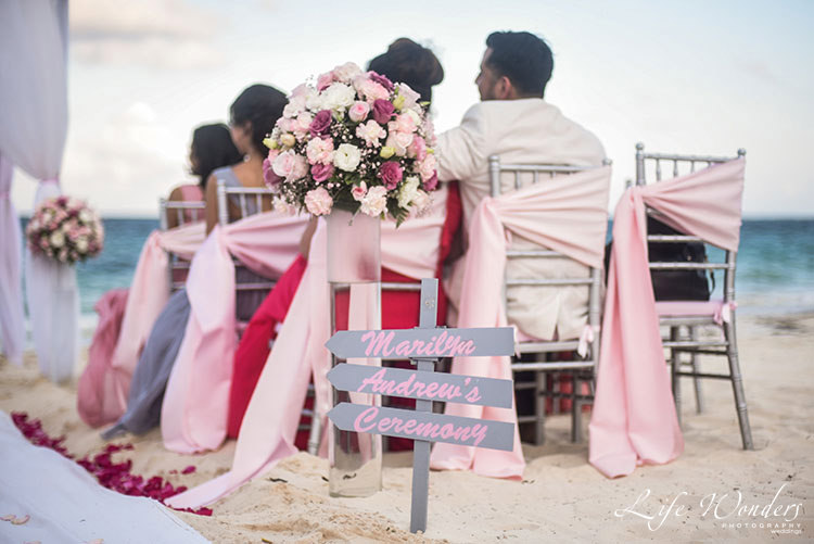 beach ceremony decoration