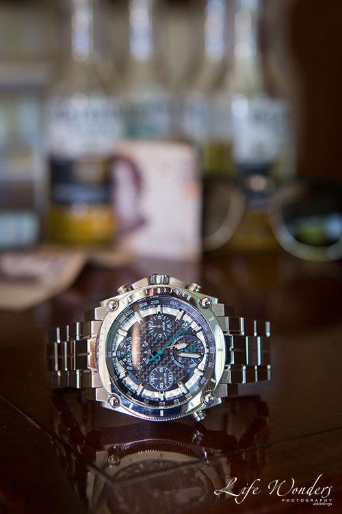 Groom watch