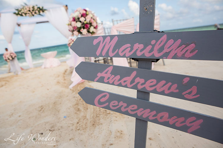 beach decoration in cancun wedding - wedding photos
