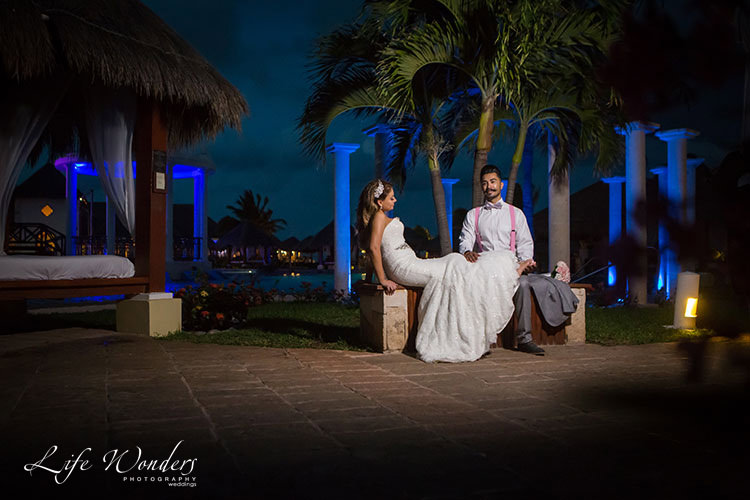 bride and groom portrait in Now Sapphire Resort