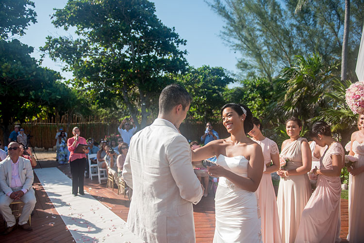 bride in wedding ceremony in cancun