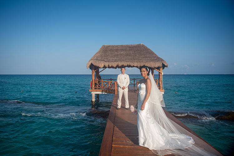 bride and groom in azul fives resort