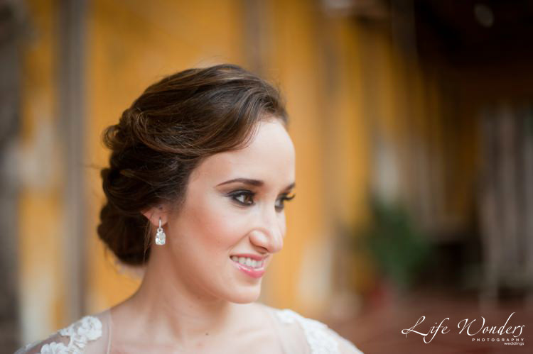 bride beautiful wedding hairstyle