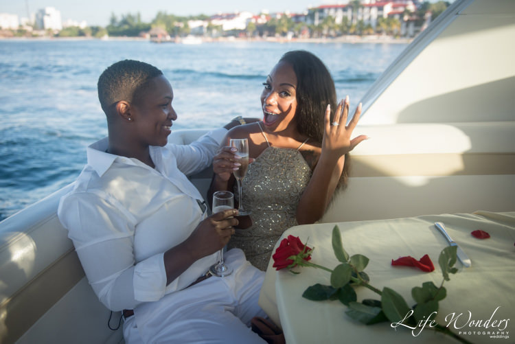 marriage proposal at yacht in Cancun