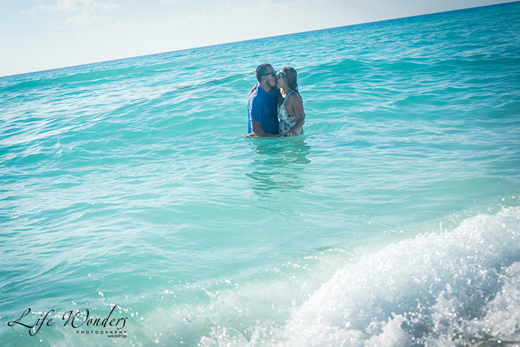 bride and groom in cancun beach - marriage proposals