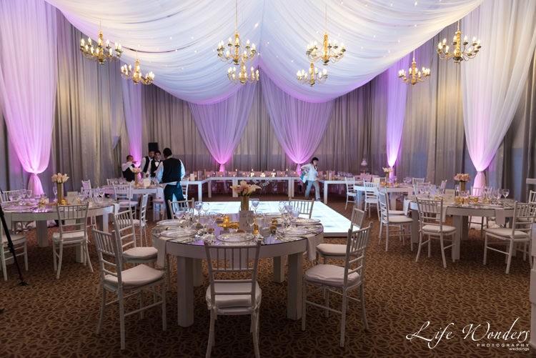 wedding reception elegant table setting