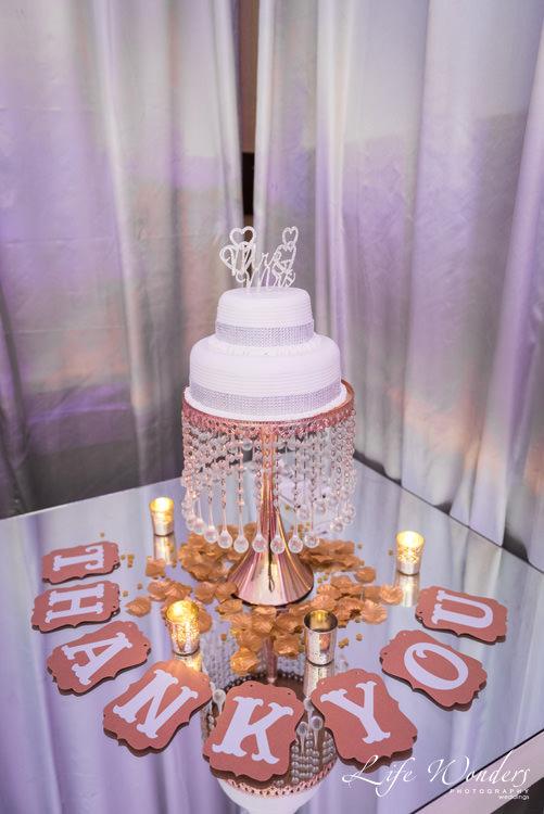white elegant wedding cake