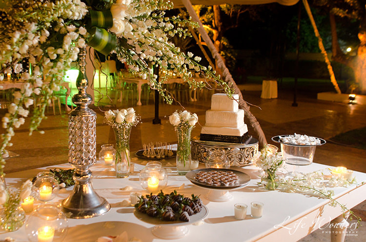 wedding reception decoration cake table