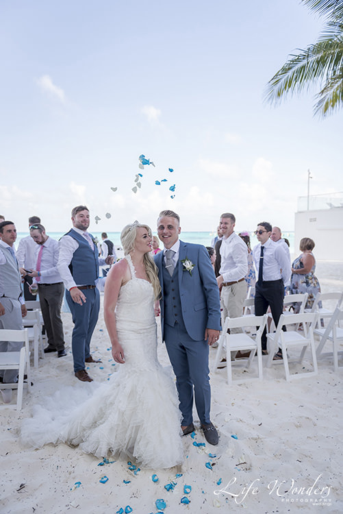 riu cancun beach wedding ceremony vows